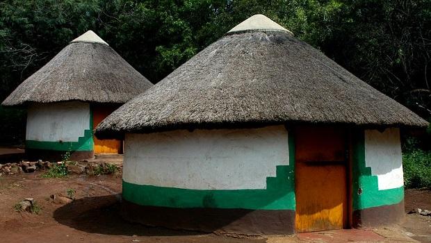 Les huttes colorées du peuple Xhosa