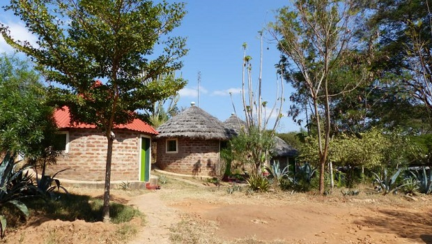 huttes de briques kenya