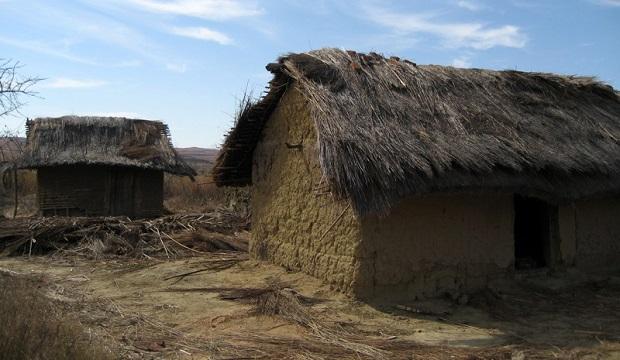 Les maisons en brique de madasgascar for Maison traditionnelle malgache