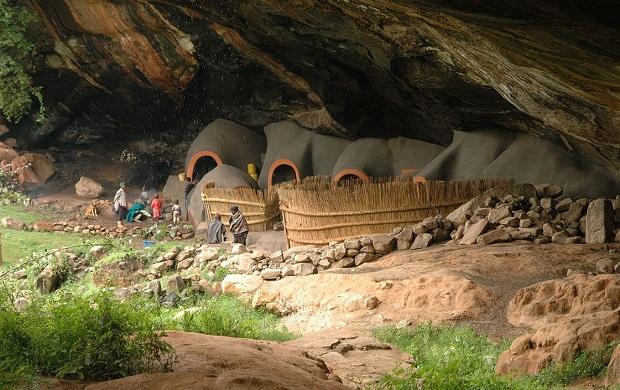 habitations grottes lesotho