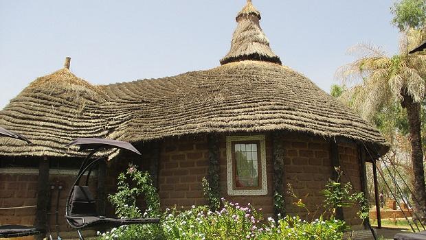 hutte brique de boue gambie