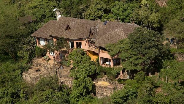 Maison dans un arbre au gabon for Villa luxe usa