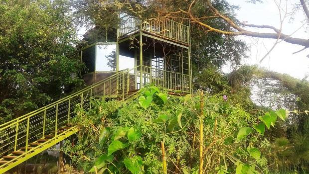 Belle cabane vitrée à Kampala