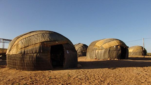 hutte peuple nama