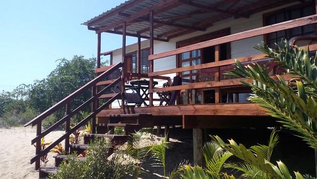 Belle maison de plage en bois à Macaneta