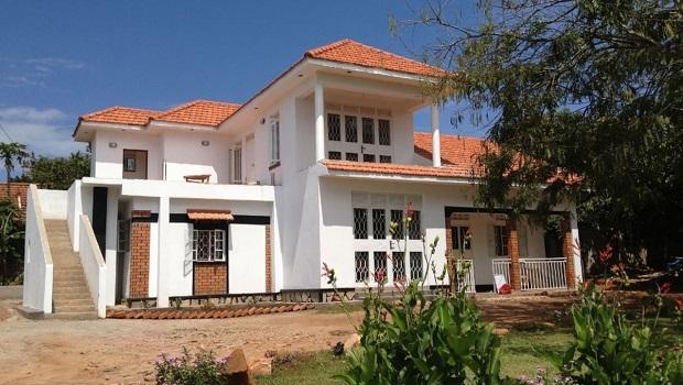 Villa de style colonial entebbe - Villa style colonial ...