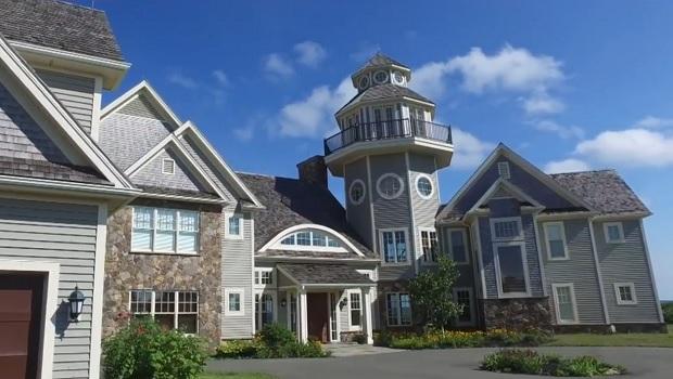 Visite d'une magnifique et luxueuse demeure sur l'île-du-Prince-Edouard