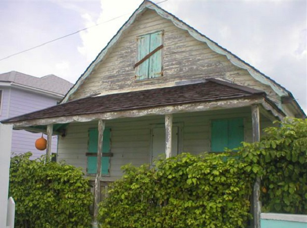 maison clapboard bahamas