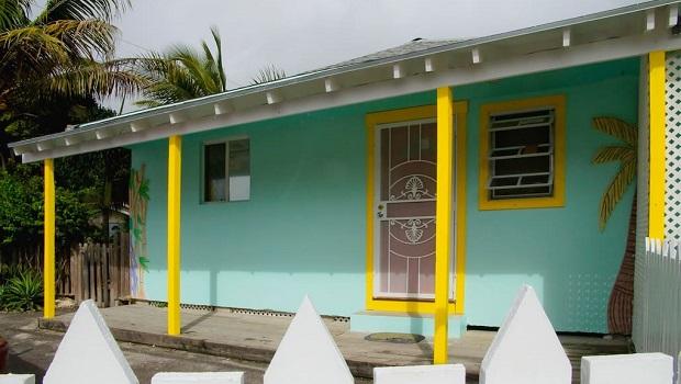 Maison de ville colorée à Nassau