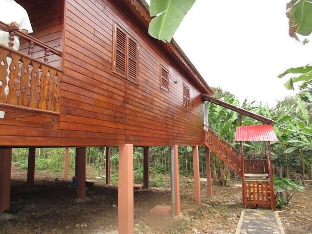 Superbe Maison En Bois Sur Pilotis Sur Lle De Sao Tom