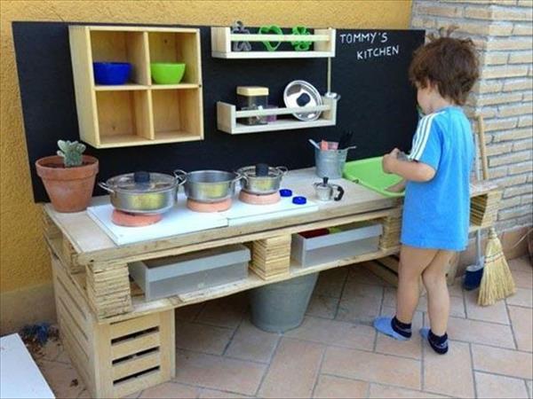 cuisiniere enfant palette