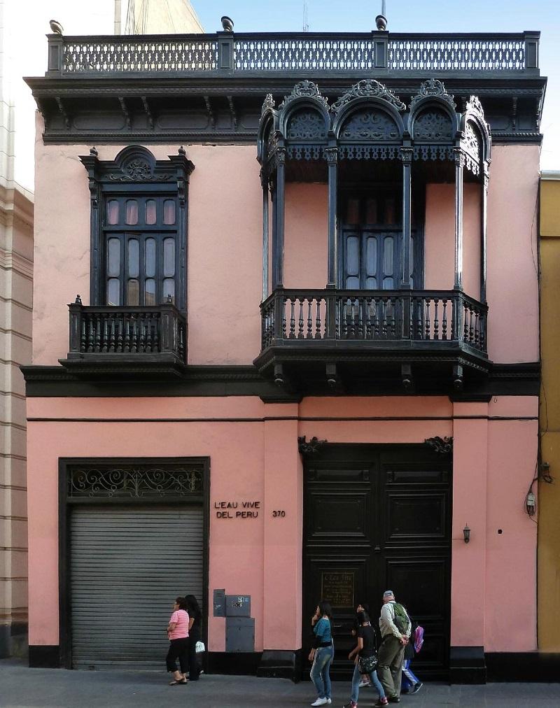 Casa L'Eau Vive