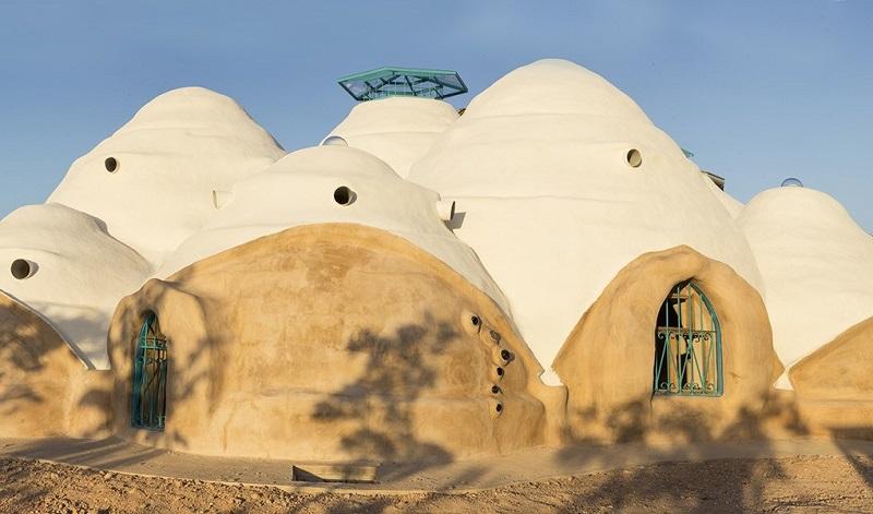 maison dome en terre
