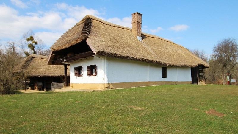 maisons traditionelles hongrie