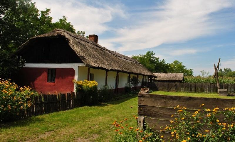 maison traditionnelle hongrie