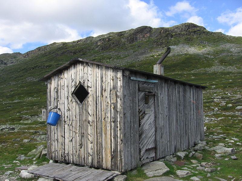 hutte wilderness finlande