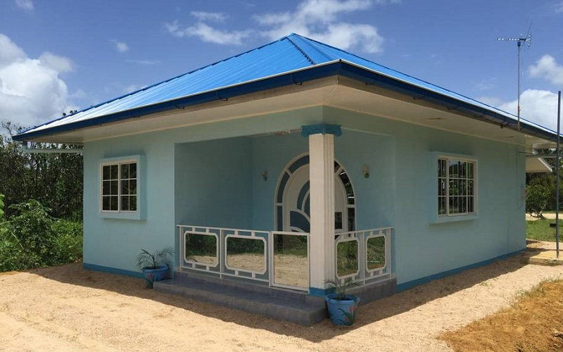 maison bleue suriname