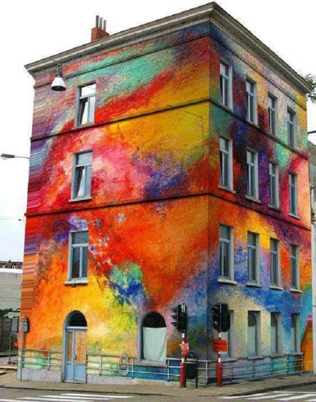bâtiment coloré
