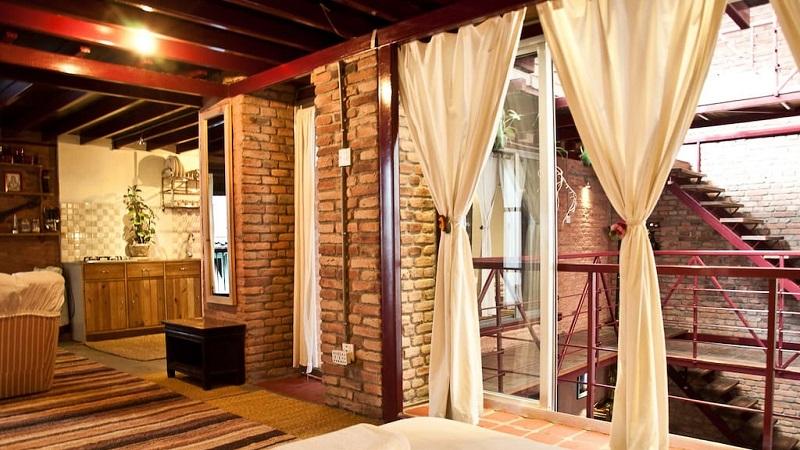 Bel Appartement Dans Une Ancienne Maison Newari