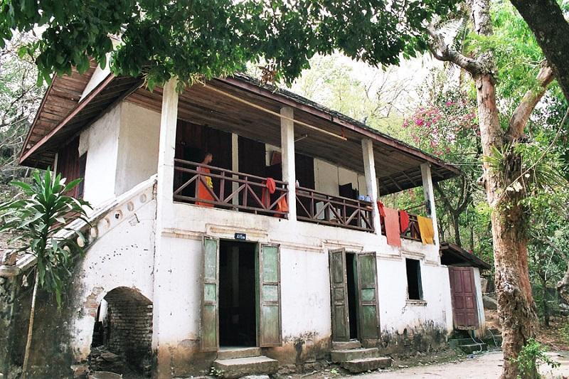 maisons coloniales luang prabang