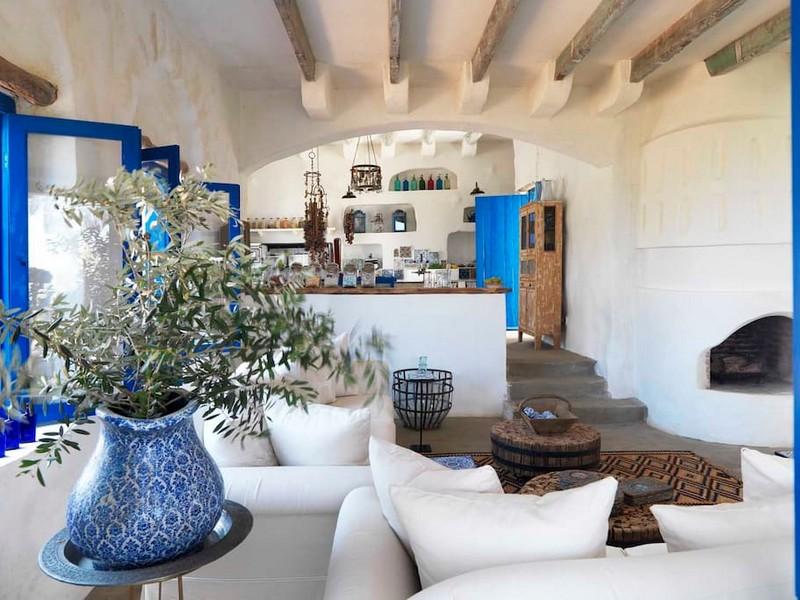 maison libanaise traditionnelle interieur. Black Bedroom Furniture Sets. Home Design Ideas