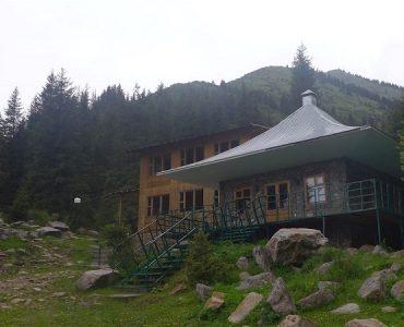 maison pierre Kirghizistan