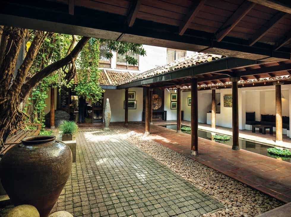 The Gallery Café bawa