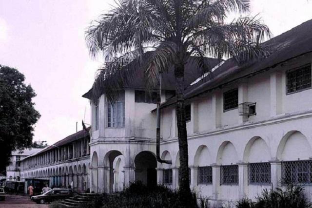 architecture coloniale cameroun