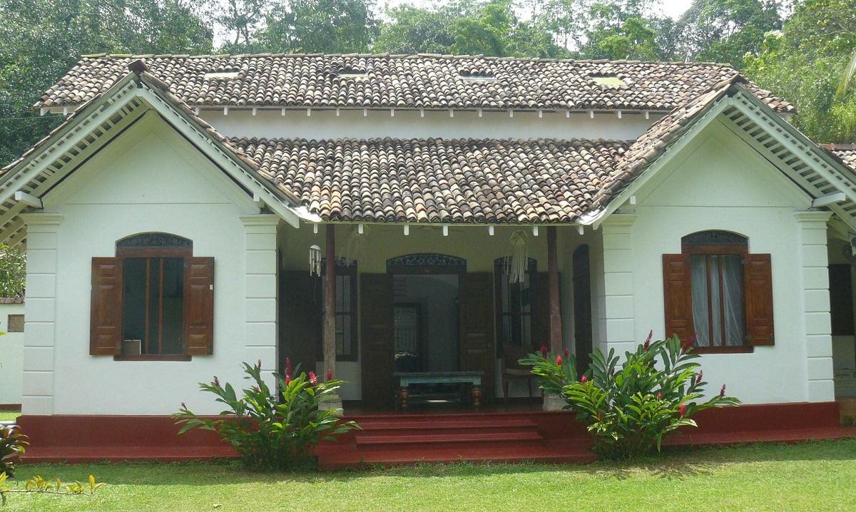 Maison bois coloniale fashion designs for Interieur maison coloniale