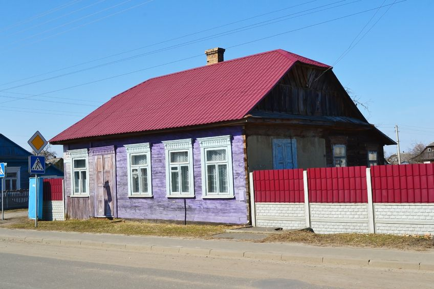 maisons colorées en biélorussie