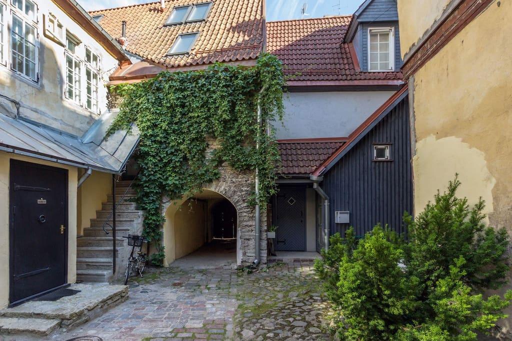 Magnifique appartement dans la vieille ville de tallinn for Appartement de ville