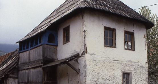 maison tour plav