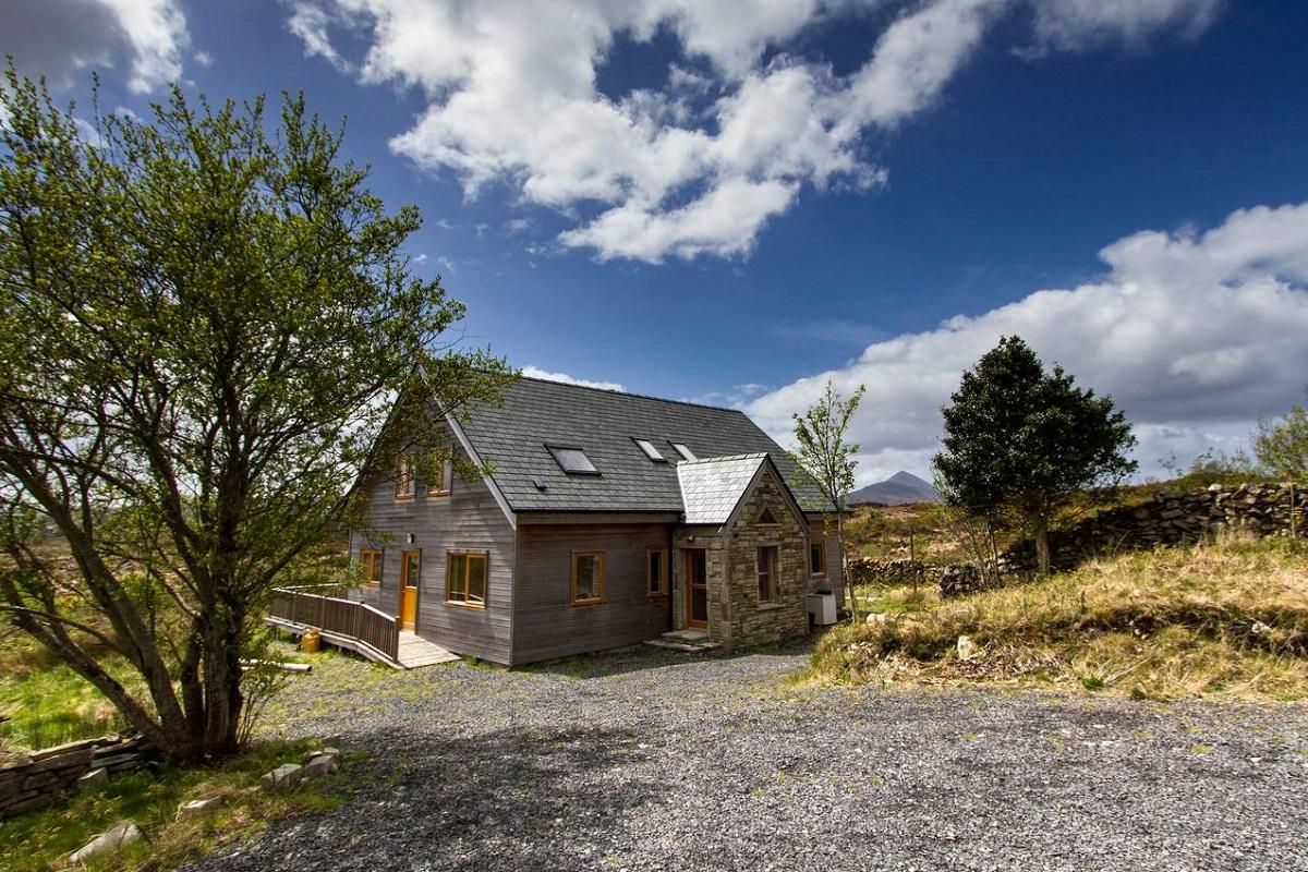 irlande 15 locations airbnb merveilleuses et insolites. Black Bedroom Furniture Sets. Home Design Ideas