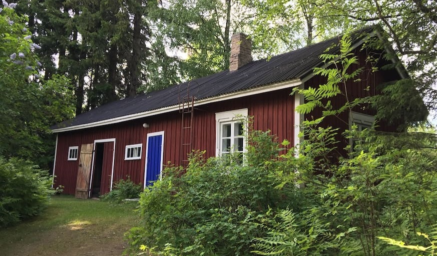 Maison traditionnelle en bois finlandaise for Maison bois traditionnelle