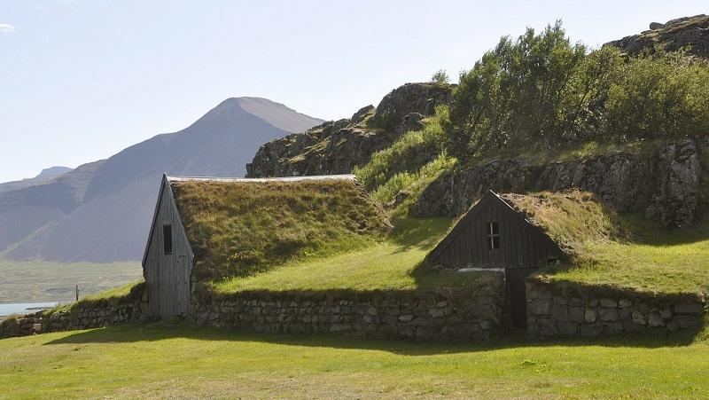 maison d'herbe