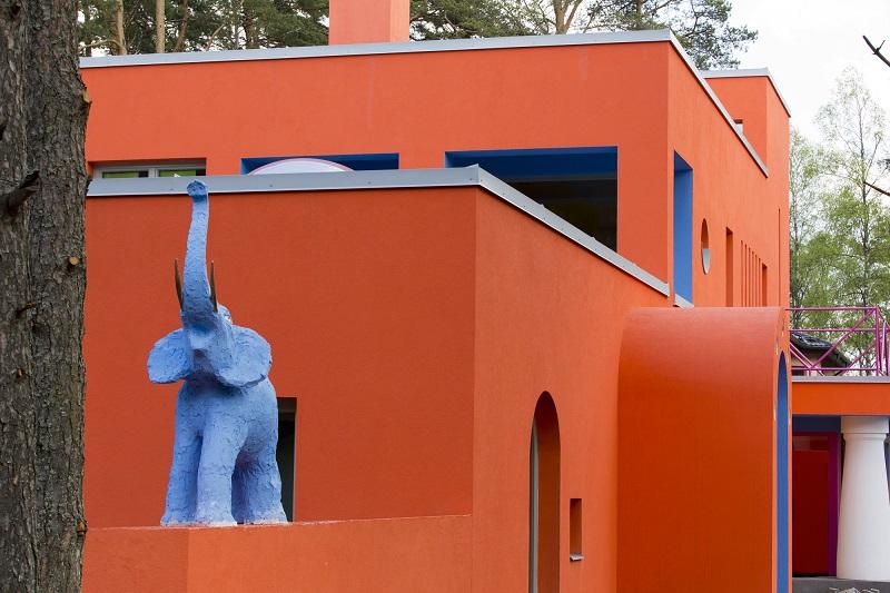 maison moderne colorée maardu