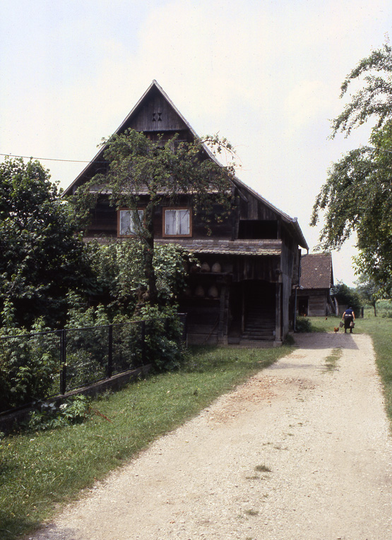 maison croate bois