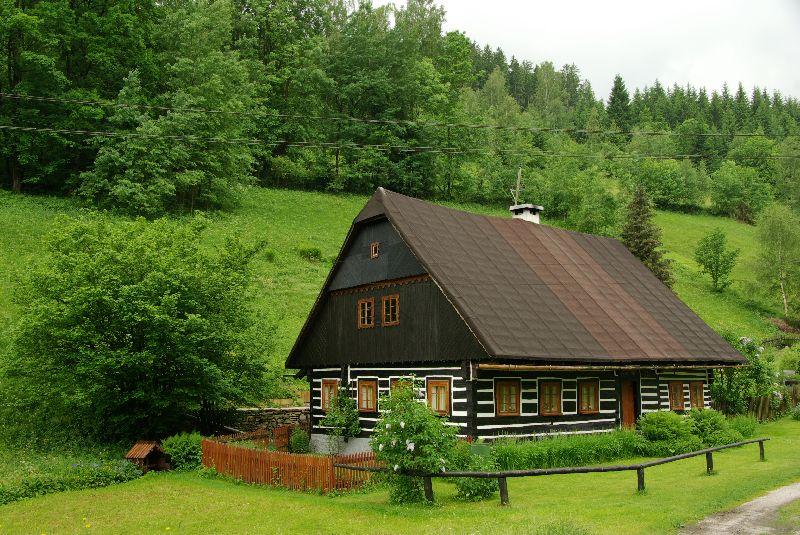 maison en bois des monts Krkonoše