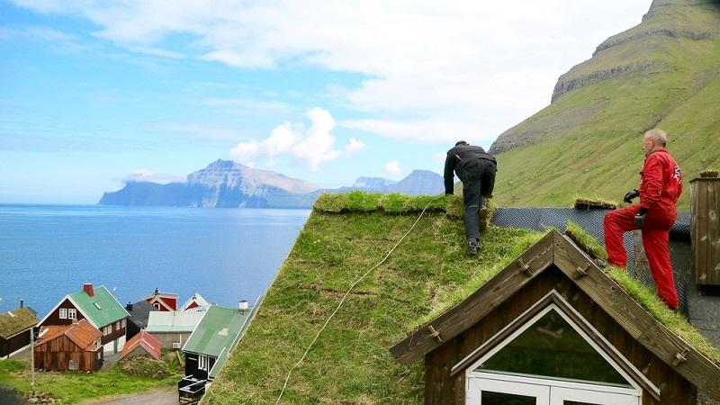 construction toit herbe iles feroe