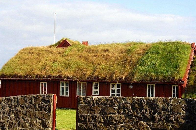 maison herbe traditionnelle iles feroe