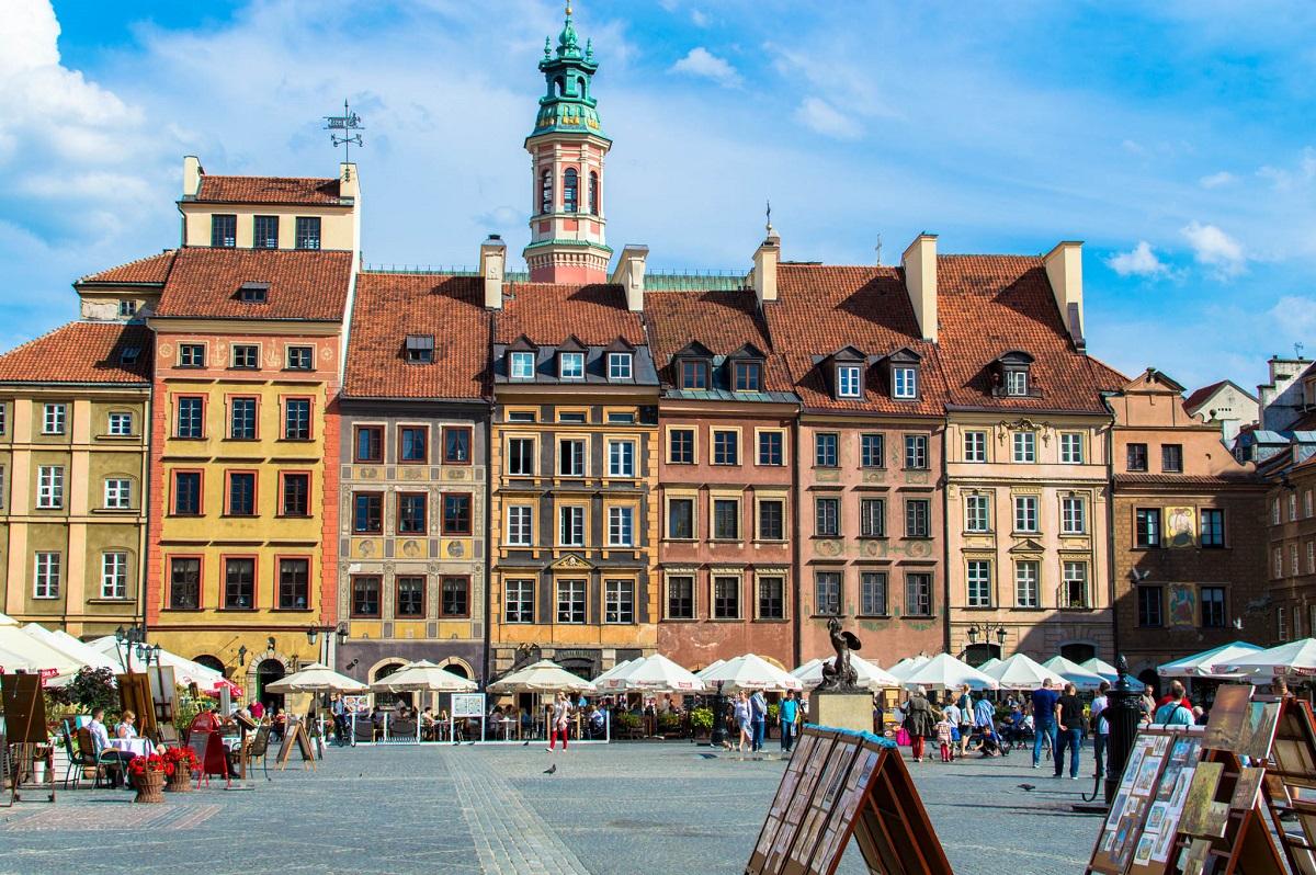 Les Maisons Traditionnelles De La Vieille Ville De Varsovie