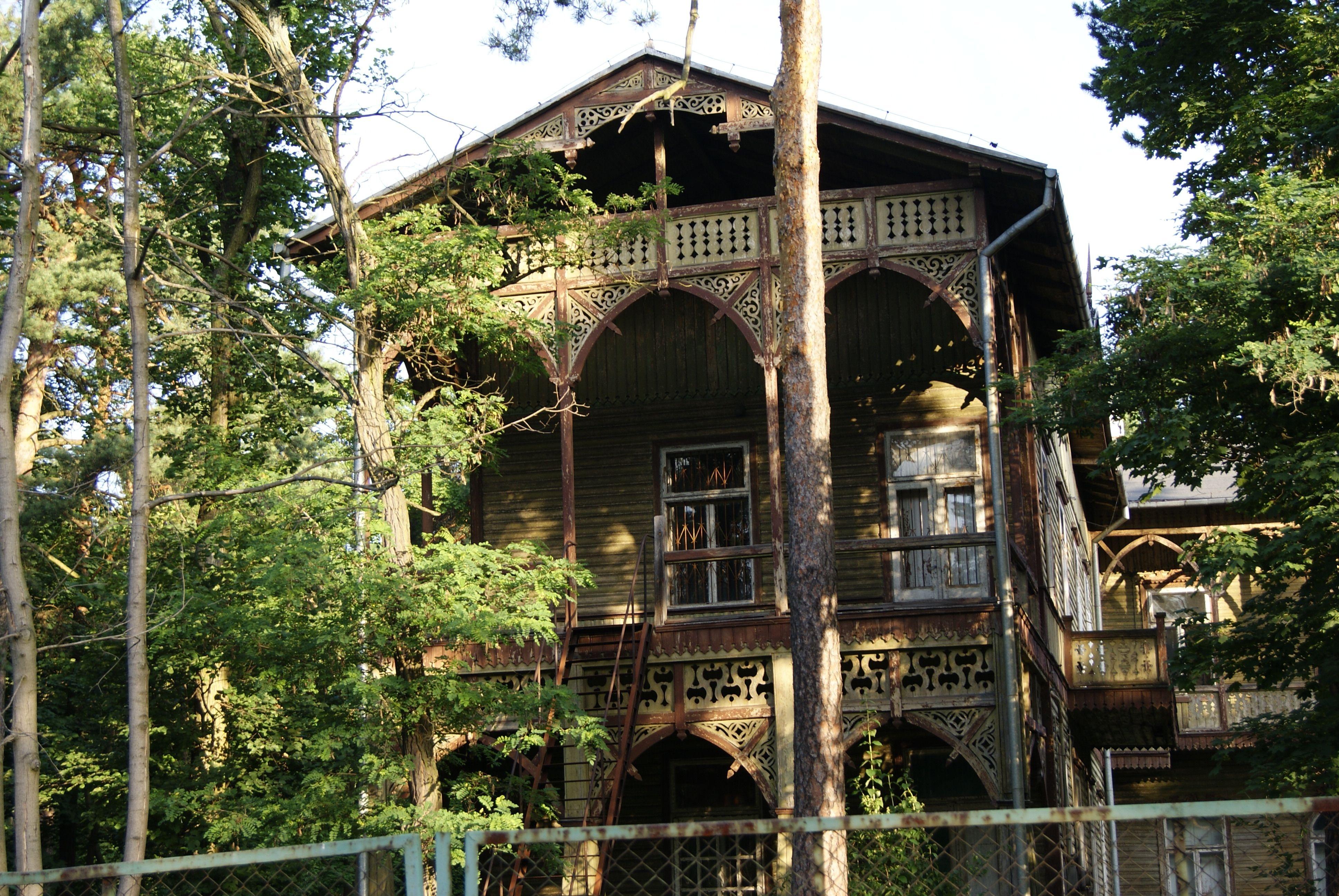 Les Villas En Bois D Otwock Le Style Świdermajer