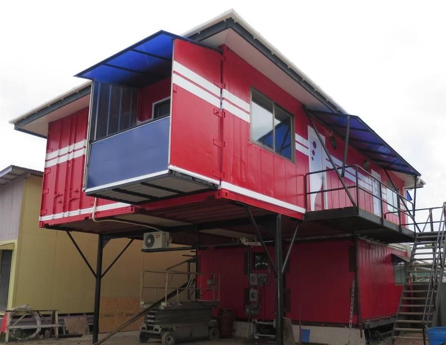 Appartements fabriqu s avec des conteneurs d 39 exp dition for Appartement conteneur