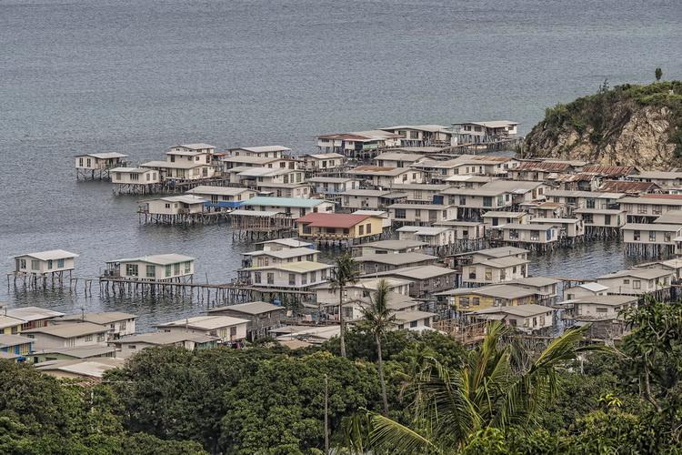 maisons pilotis port moresby