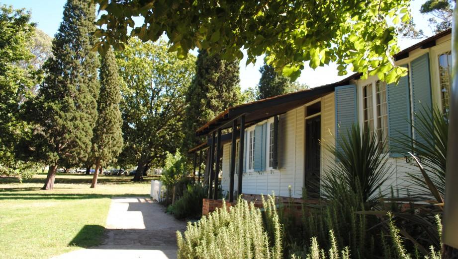 La trobe un cottage historique melbourne - La maison trojan melbourne ...