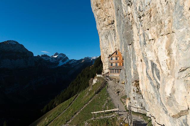habitations insolites en Suisse
