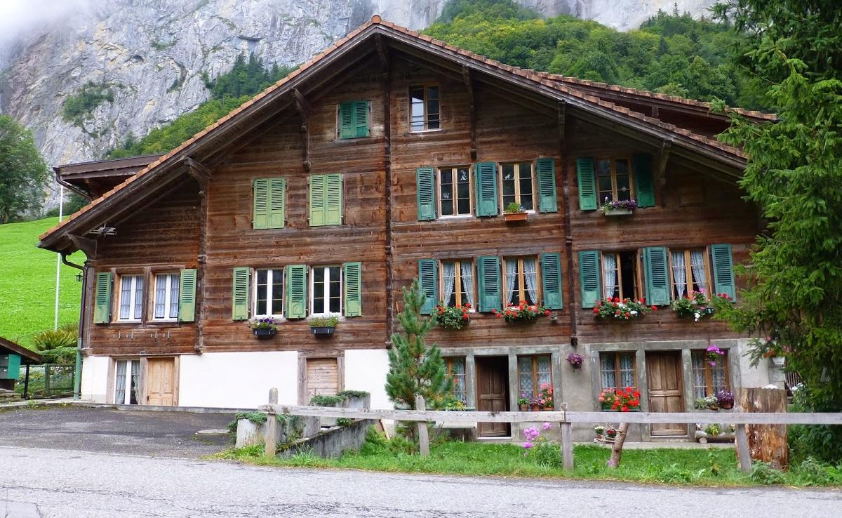 Les maisons en suisse - Incroyable maison monolithique en suisse ...