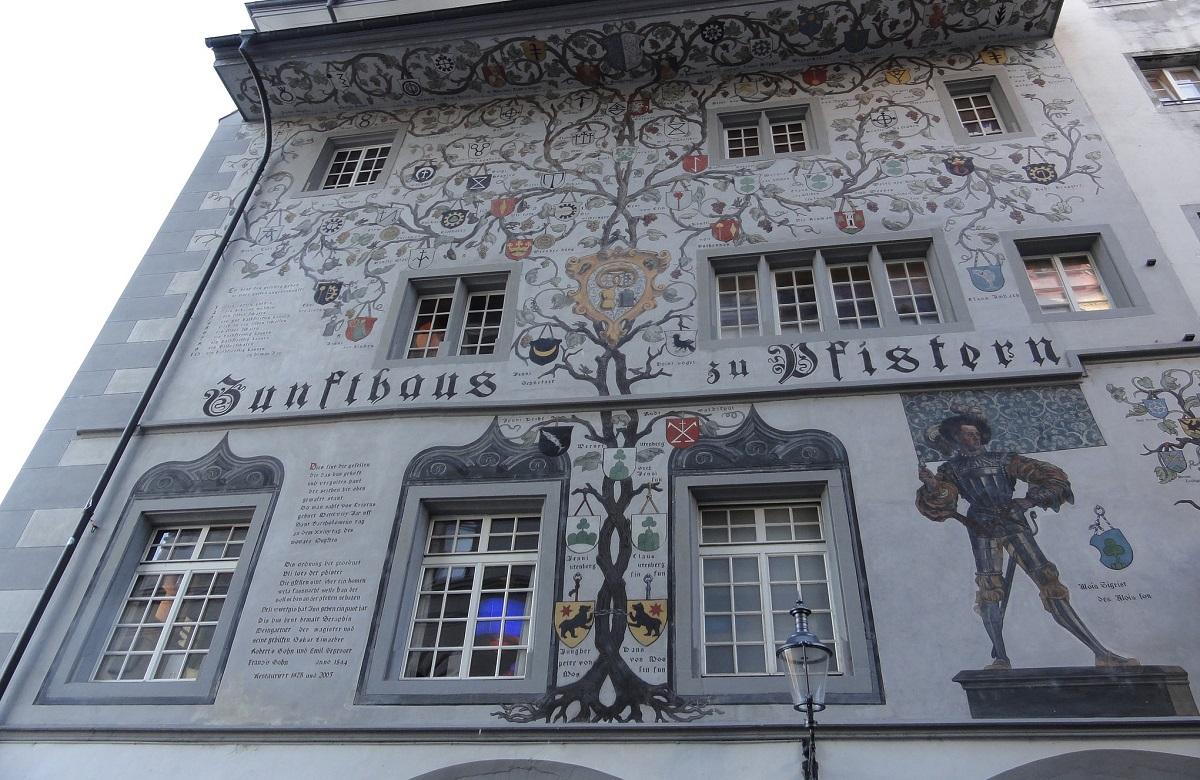 maisons peintes lucerne