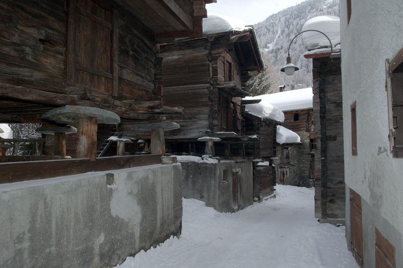 """Résultat de recherche d'images pour """"Zermatt vieux chalets"""""""