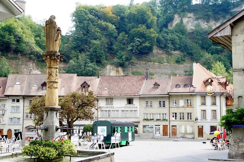 maisons vieille ville Fribourg